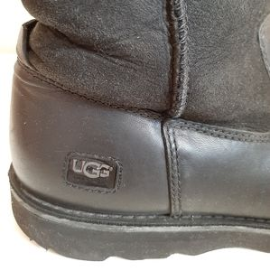 UGG Shoes - ❌SOLD❌ UGG Hendren Black Midcalf Boots